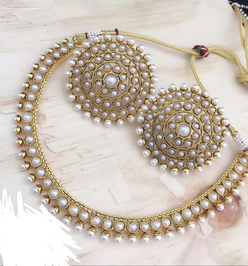 Latest Designer Pearl Necklace Big Round Tops Earrings Jewelry