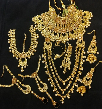 Latest Indian Bollywood Pearl Golden Kundan CZ Full Bridal Jewelry set