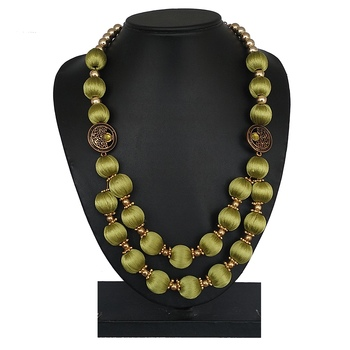 Green party-jewellery