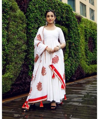 ROYAL WHITE MUGHAL SUIT SET