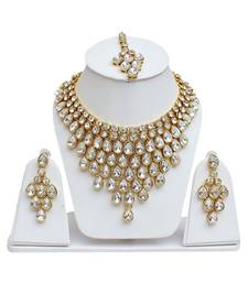 White Kundan Necklace Sets