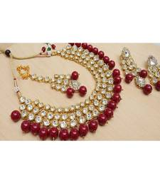 White kundan necklace sets