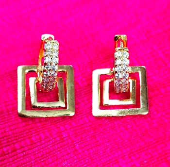 Indo Western Fashion Party Wear Square Earrings