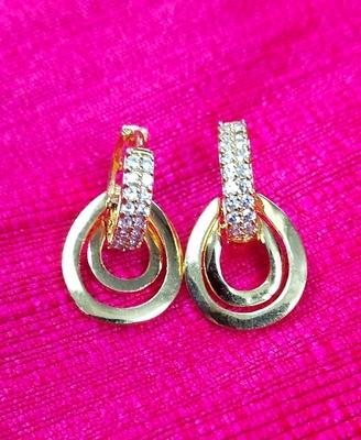 Indo Western Fashion Party Wear Oval Earrings