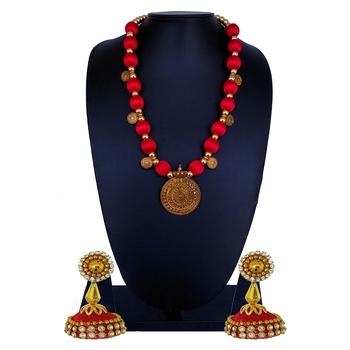 Red statement-jewellery