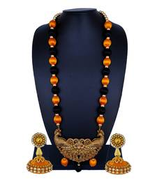 Gold statement-jewellery