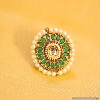 Elegant Green Polki Kundan Ring