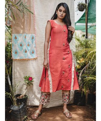 Gajari Two Sided Embroidered  Khadi Frill Sleeveless Kurta