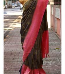 Navy Blue And Pink Colored Banarasi Pattu Silk Saree With Golden Embroidered work