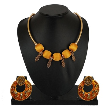 Gold indian-traditional-jewellery