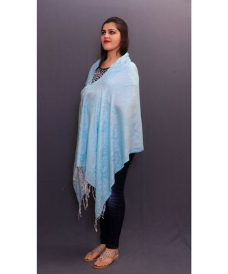 Delicate Wrap Along With Sky Blue Base And Paisleys Looks Elegant When Team Up With Denims Or Suit.