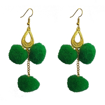 Green pom-pom-earrings