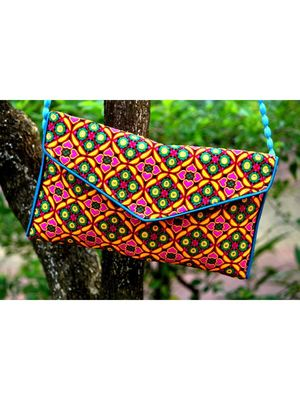 Multicolored Rajasthani Sling Bag With Printed Embroidered Work Pattern 3