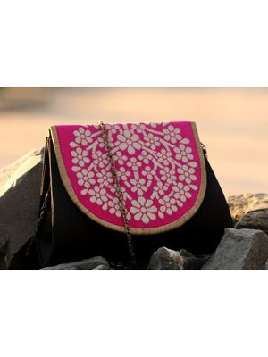bagzVela Black & Pink Medium Size Traditional Sling Bag