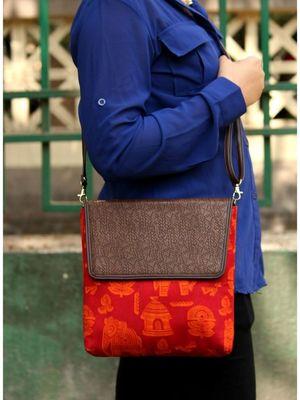 bagzVela Egyptian Print Maroon Color Casual Sling Bag