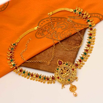 Maroon waist-belt