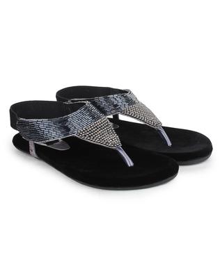 Do Bhai Women Synthtic Flat Sandal