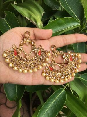 Gold stone chandbali