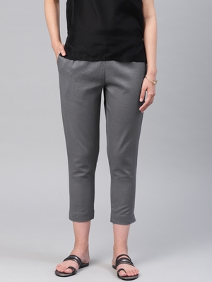 Women Grey Slim Fit Solid Cropped Cigarette Trousers