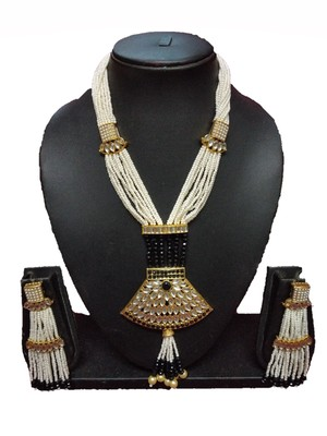 Black Contemporary Gold Plated Designer Traditioanl Ethnic Pearl Beaded Necklace