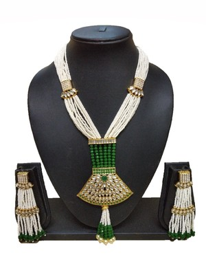 GREEN CONTEMPORARY GOLD PLATED DESIGNER TRADITIOANL ETHNIC PEARL BEADED NECKLACE
