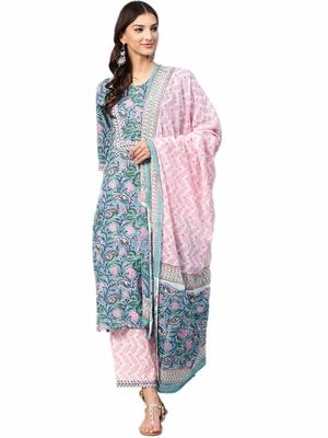 Shree Women Teal & Pink Cotton Floral Kurta Set With Dupatta