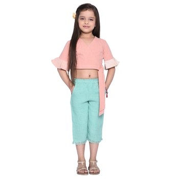 Orange plain cotton kids top with capri