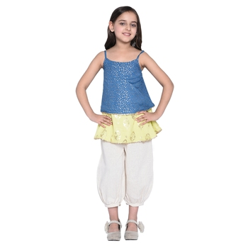 White printed cotton kids top with bottom