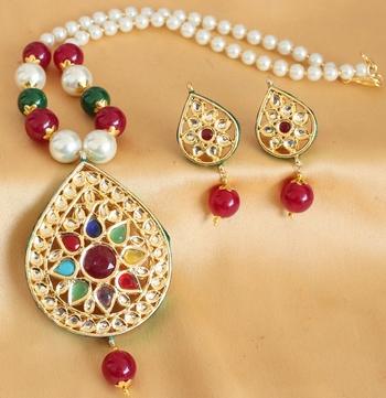 Sparkling Huge Heavy Multicolour Kundan Necklace Set