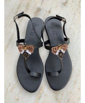 BEE sandals footwear