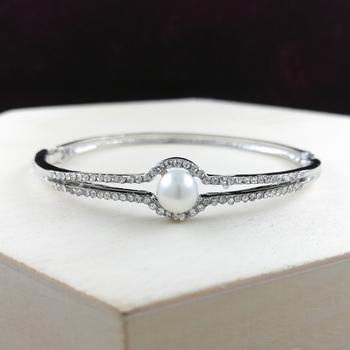 Saizen Bracelets For Women Silver Plated Crystal Bracelet Bangle Jewellery For Girls And Women