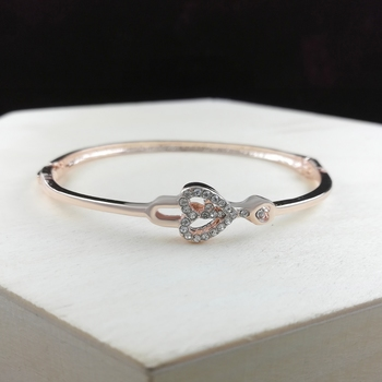 Saizen Bracelets For Women Rose Gold Plated Crystal Bracelet Bangle Jewellery For Girls And Women