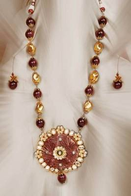 Design no. 8B.1813.....Rs. 6500