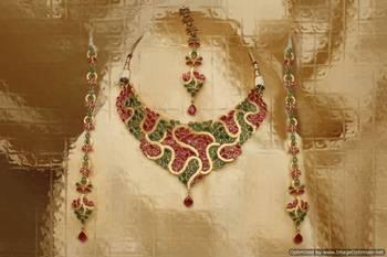Design no. 8B.1817....Rs. 8900