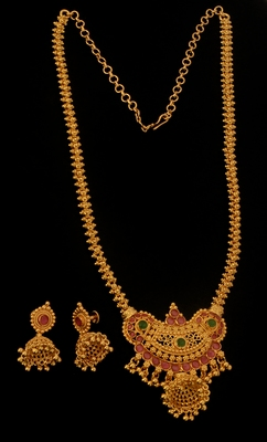 Gold ruby  necklace-sets