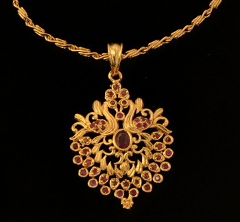 Gold ruby necklaces