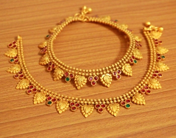 Gold ruby  anklets