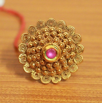 Gold ruby rings