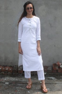 White plain linen long-kurtis
