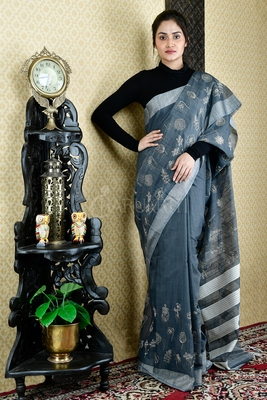 STEEL GREY BLENDED COTTON SAREE WITH FLOWER MOTIF EMBROIDERY