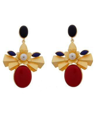 Classy Fashionable Maroon Bengali Dessign Golden Earring