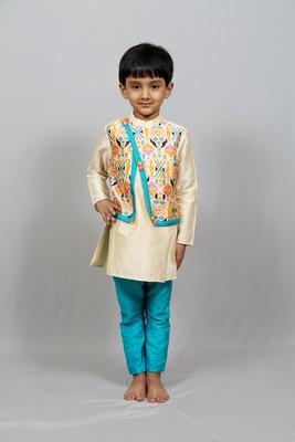kurta pajama with crossed printed jacket
