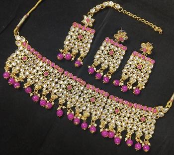 Raani Kundan Pearl Choker Jewelry Set