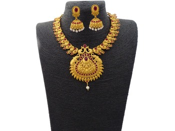 Kemp Designer Temple Golden Matte Polished Elephant Peacock Round Shaped Ruby Short Necklace Set Jewellery