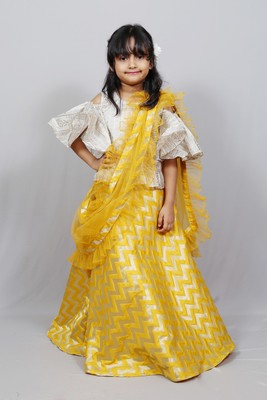 cold sleeves top with long skirt and frilly dupatta