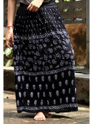 Black Base White Printed Cotton Blend Long Skirt