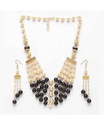 Iditri Black-Golden Pearl Neckpiece-Earrings Set