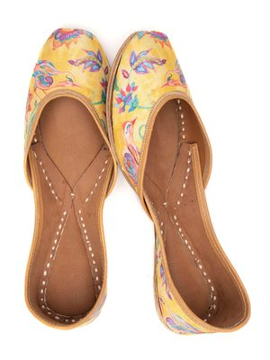 Finch Pop Yellow Ethnic Leather Juttis for Women