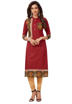 Women's Red Cotton Printed Straight Fit Readymade Kurti