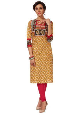 Women's Gold & Red Cotton Printed Straight Fit Readymade Kurti